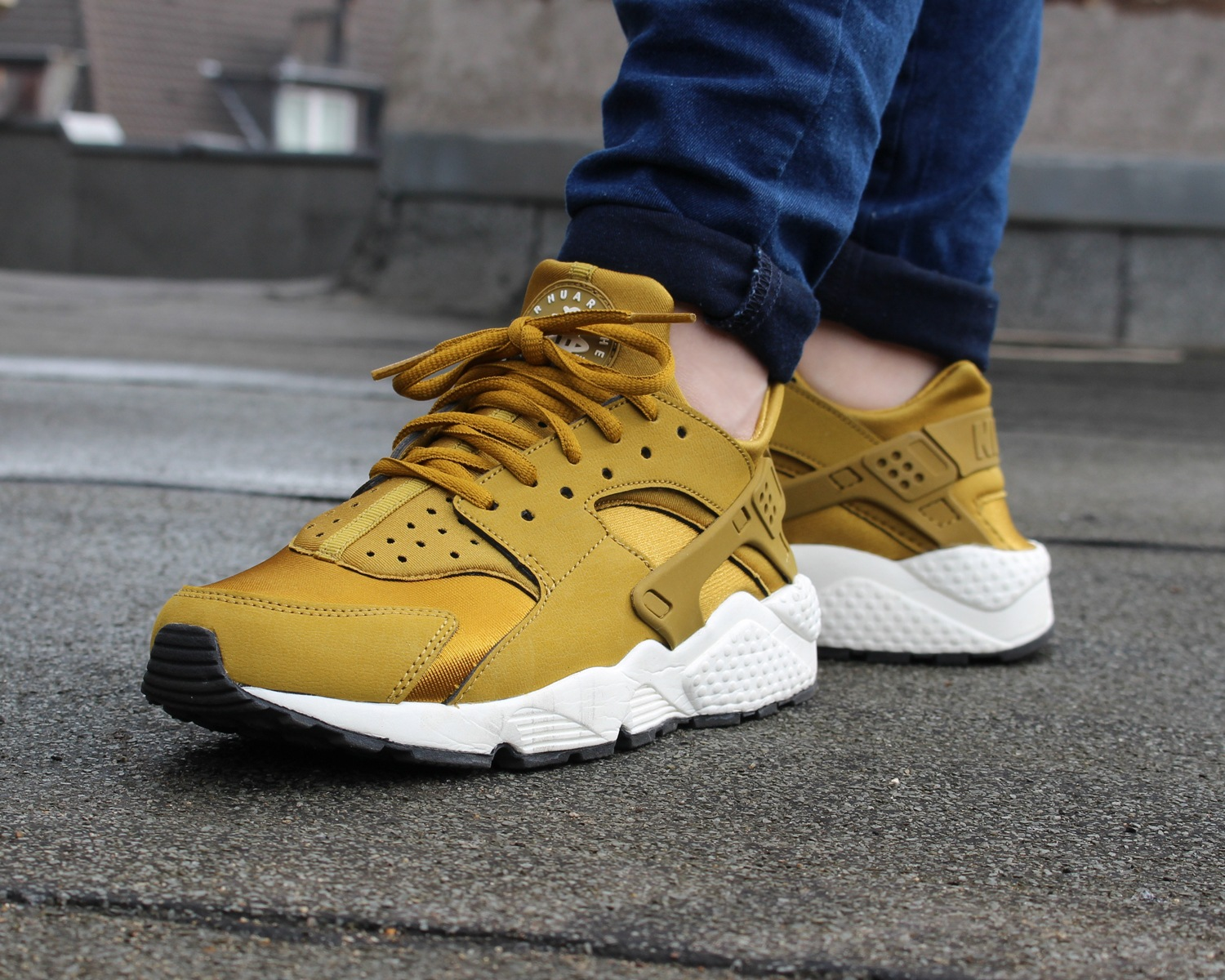 nike air huarache damen gold