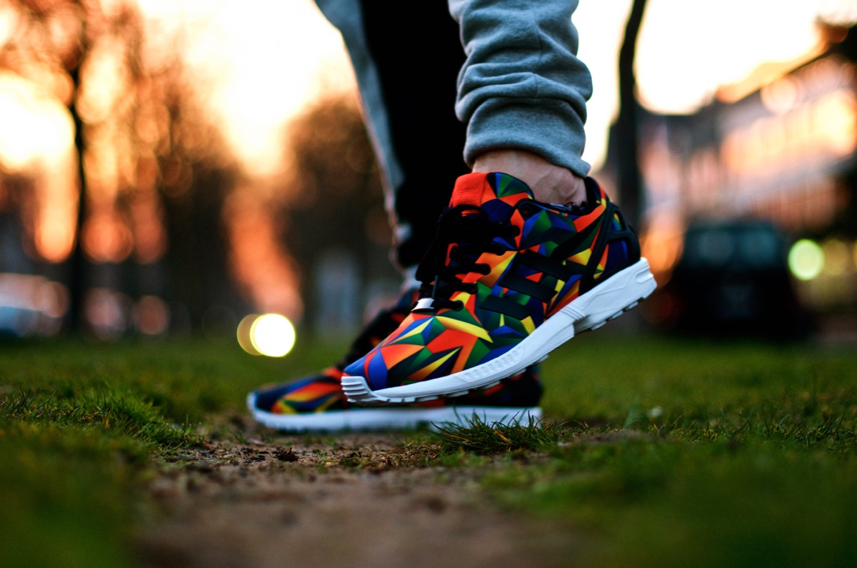 adidas zx flux macro prism red