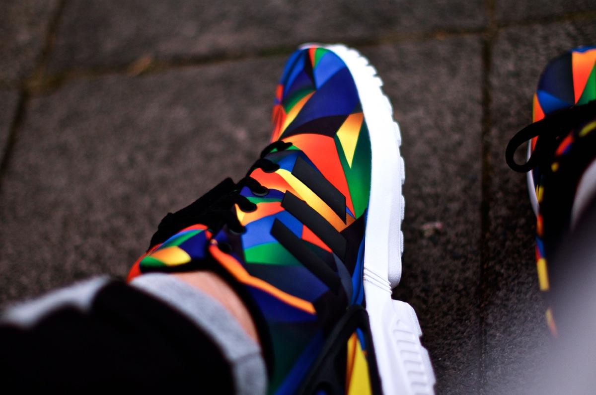 adidas ZXFlux FL Exclusive Macro Prism on feet | Seite 2