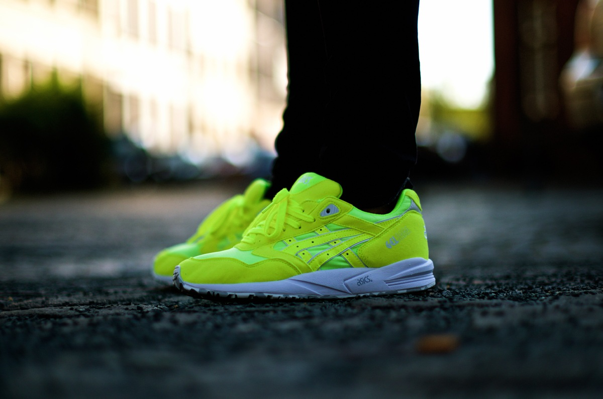 asics-summer-kite-neon10