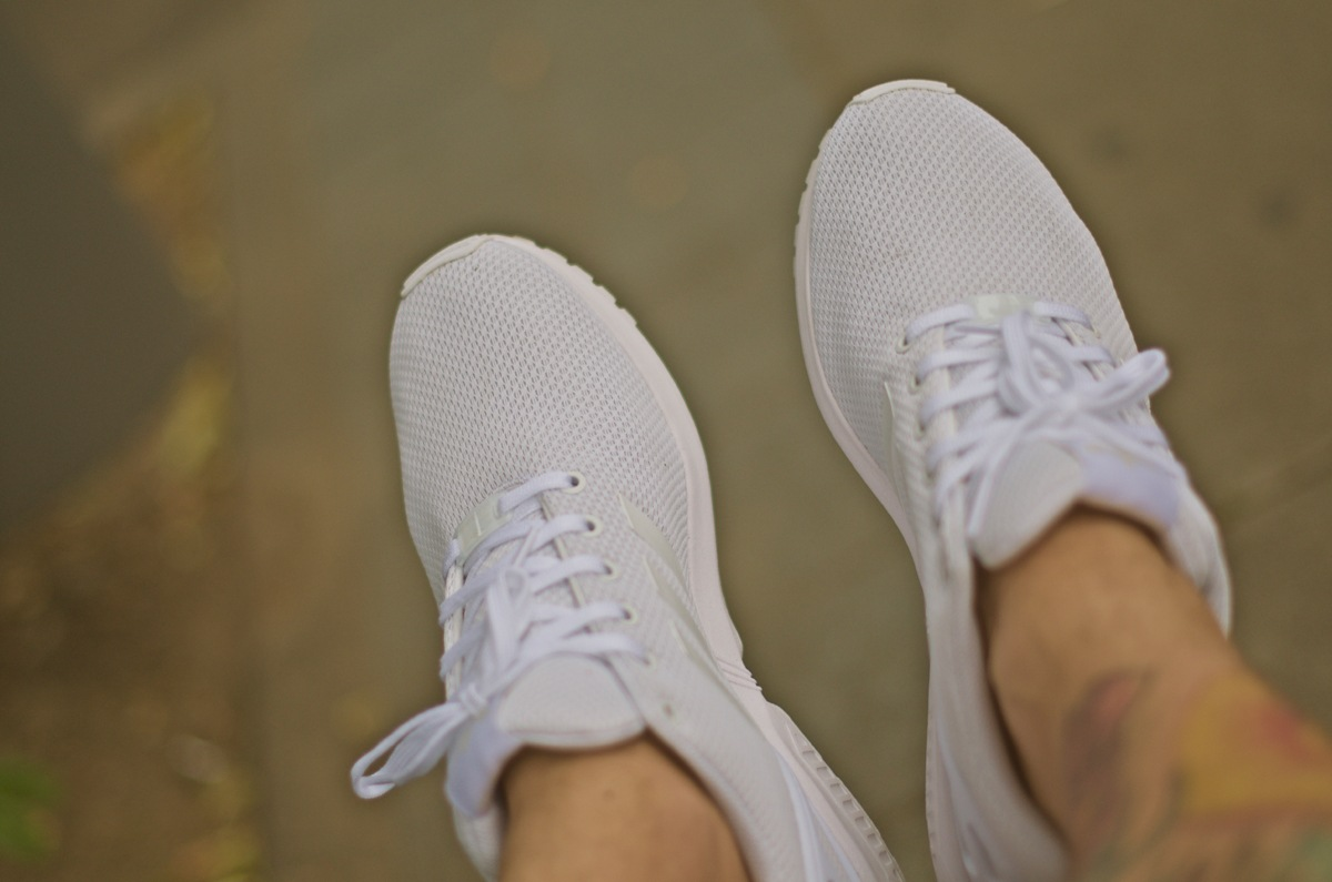 11adidas-zxflux-all-white
