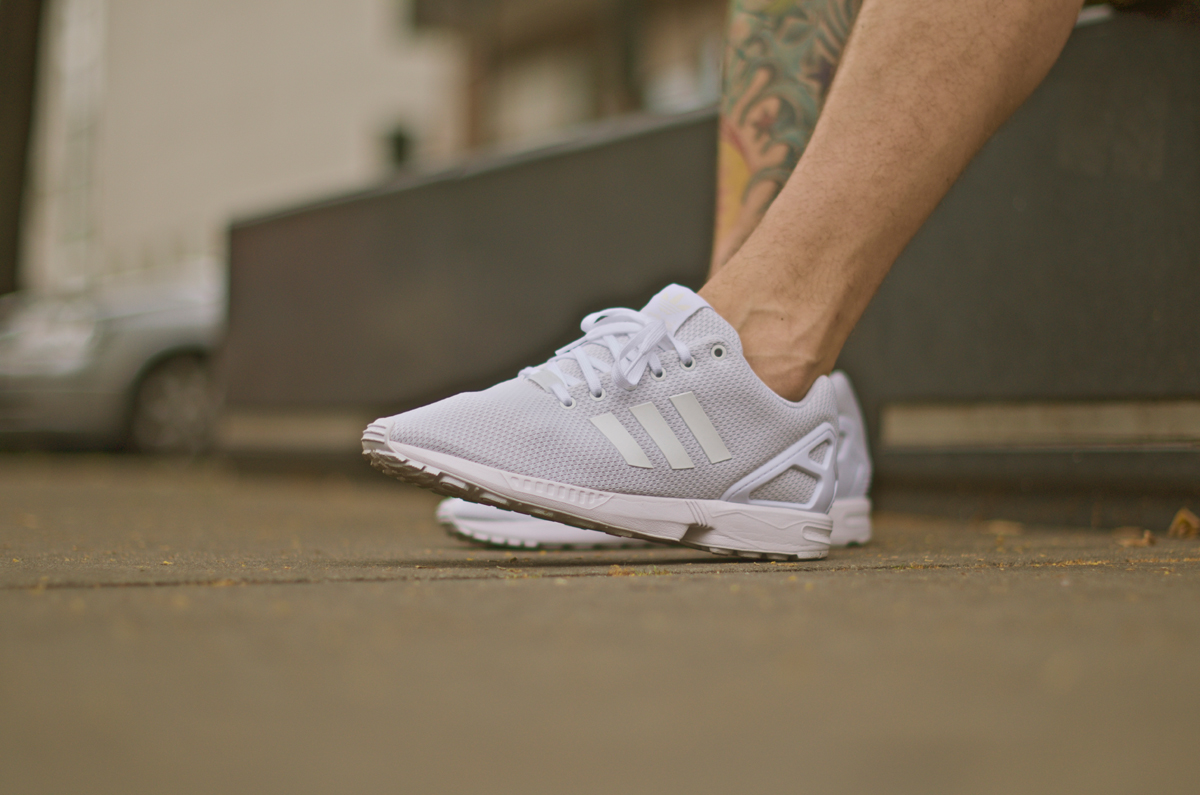3adidas-zxflux-all-white