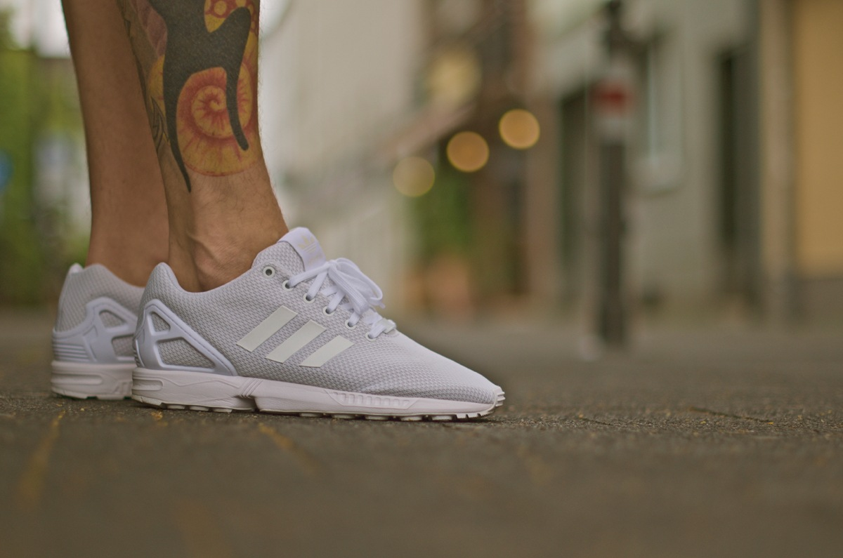 4adidas-zxflux-all-white
