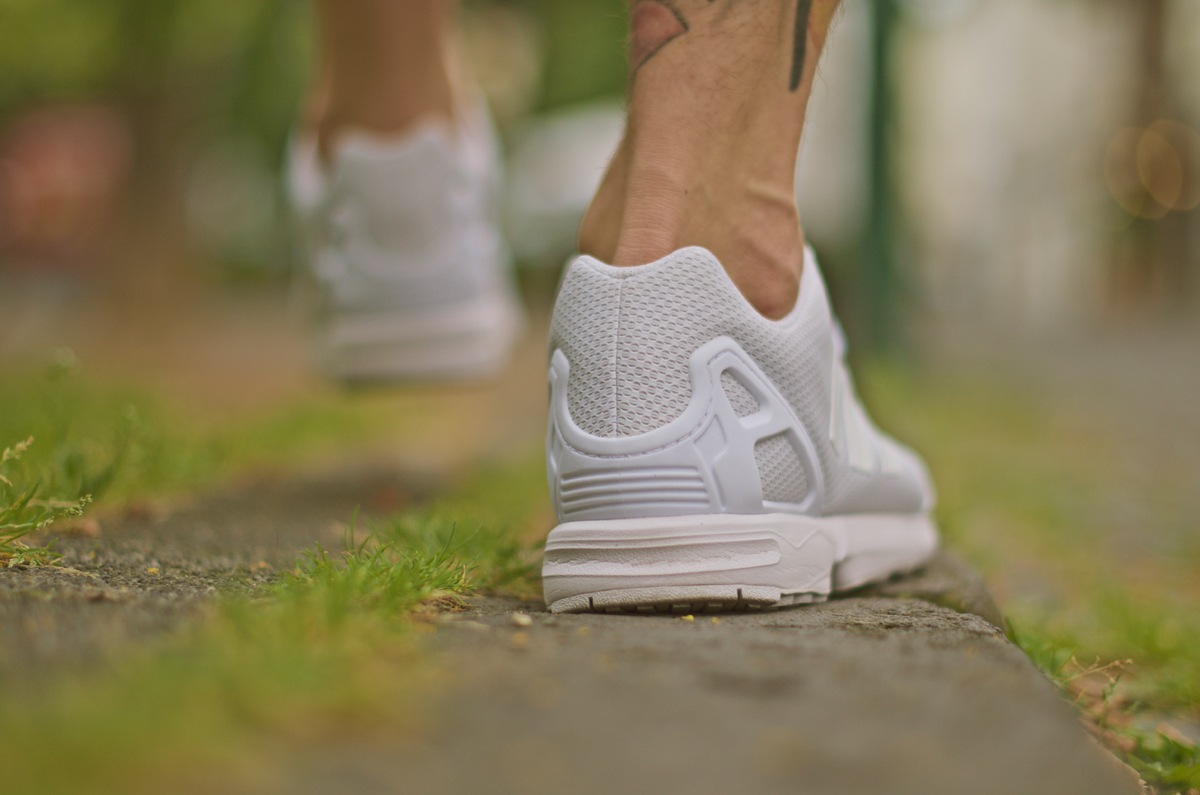 7adidas-zxflux-all-white