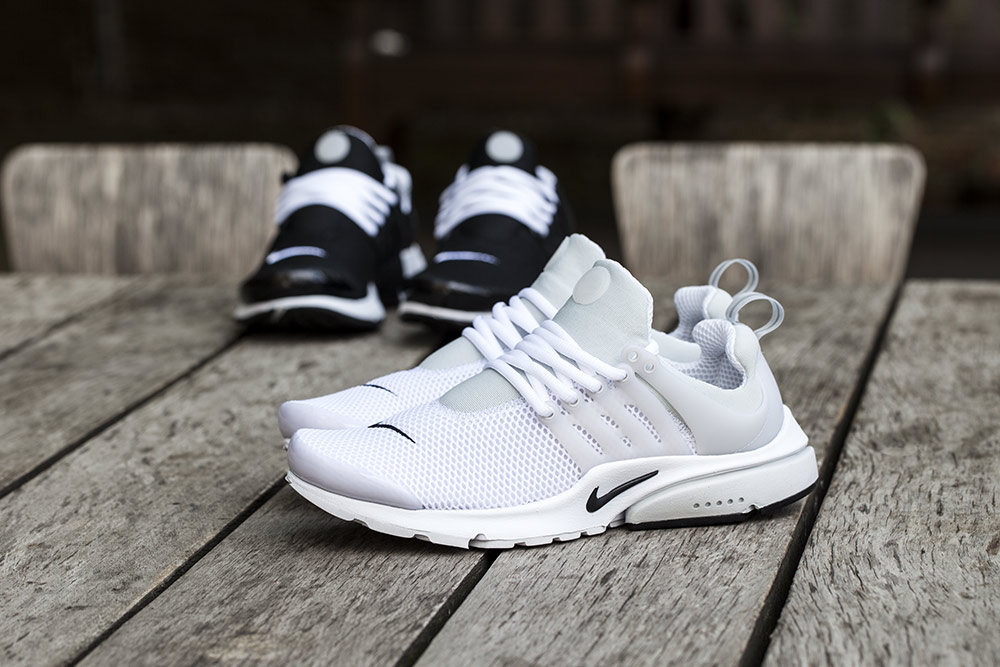 Nike Air Presto White On Feet