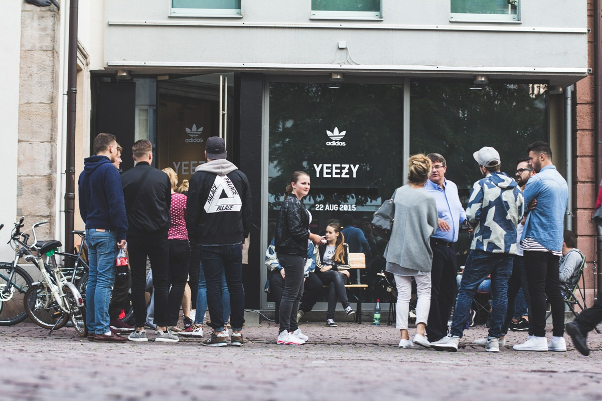 2yeezy-350-boost-campout