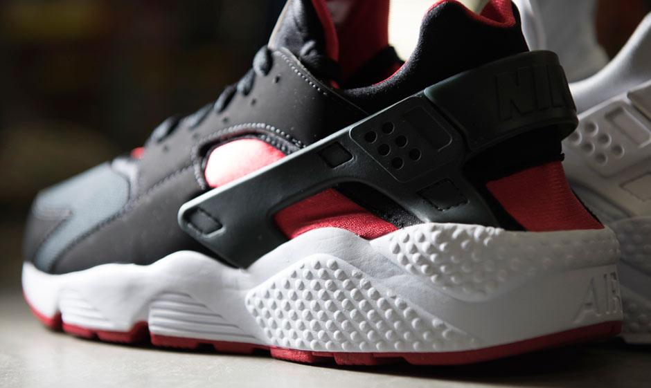 Nike Huarache Black Red White