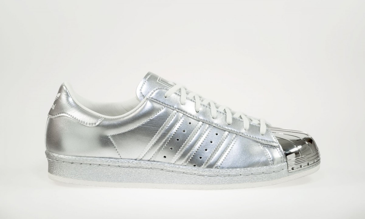 adidas superstar 80 39 s metallic pack silver dead stock sneakerblog. Black Bedroom Furniture Sets. Home Design Ideas