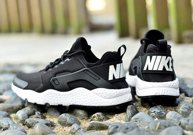 Nike Air Huarache Run Ultra Black