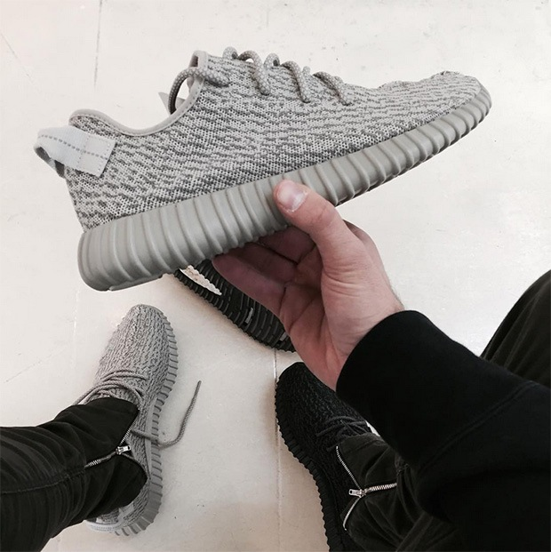 Adidas Yeezy 350 Boost Turtle Dove Size Women 6.5 Brand New