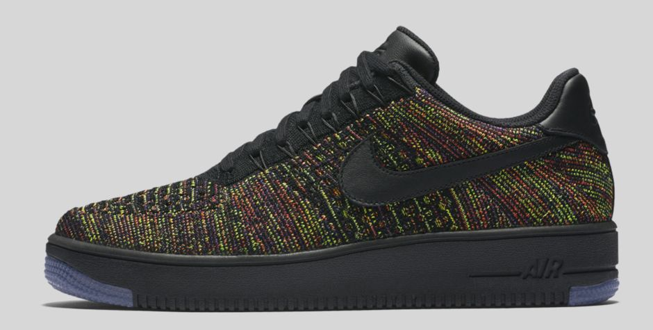 NIKE-AIR-FORCE-FLYKNIT-BLACK