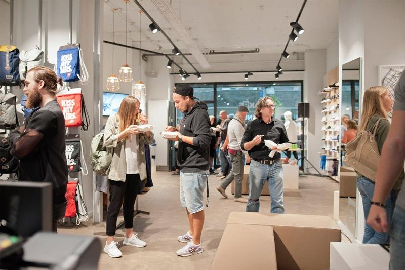 15sneaker-store-krefeld-sneakrs