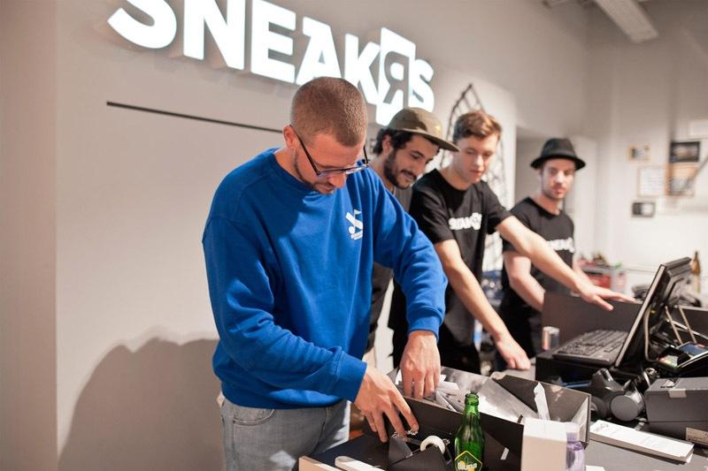 39sneaker-store-krefeld-sneakrs