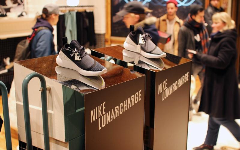 sns-store-berlin-deadstock-00_0017_Ebene 15