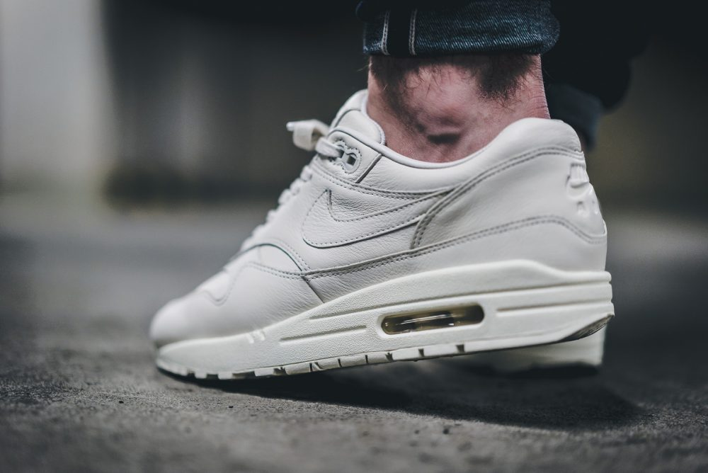 nike lab air max 1 pinnacle triple Weiß