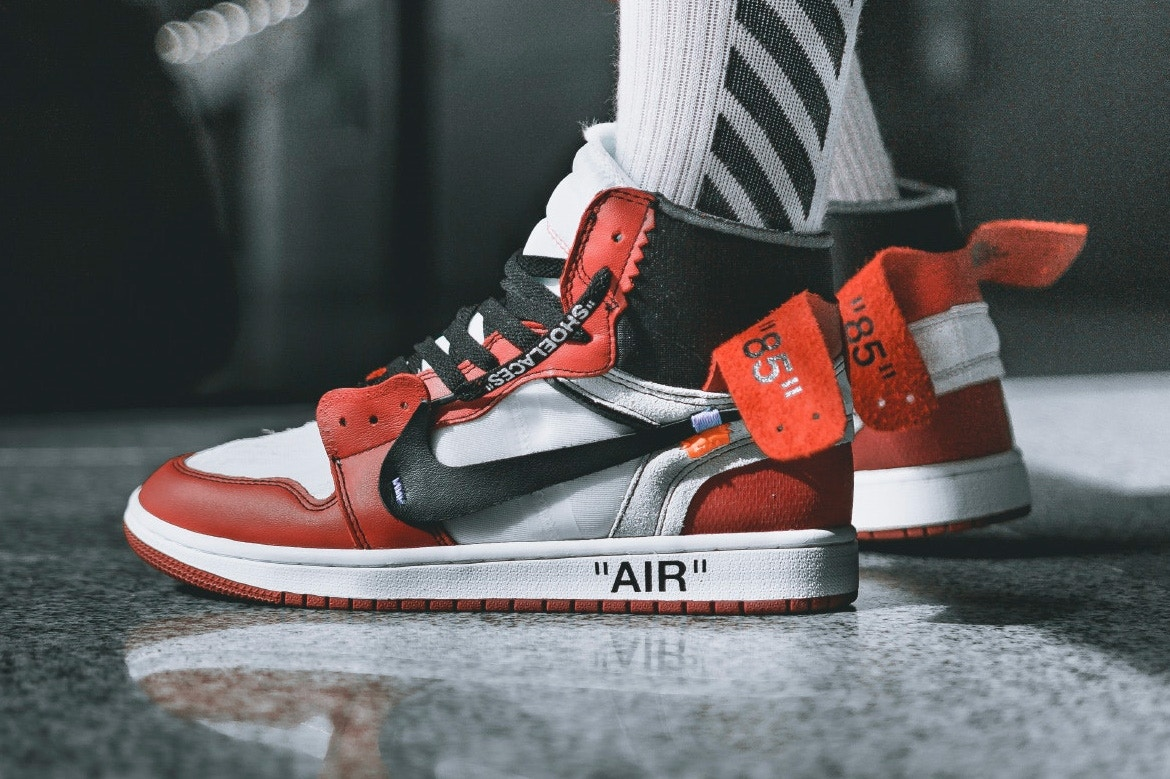 The Off WhiteT x Air Jordan 1 Release Date | Dead Stock