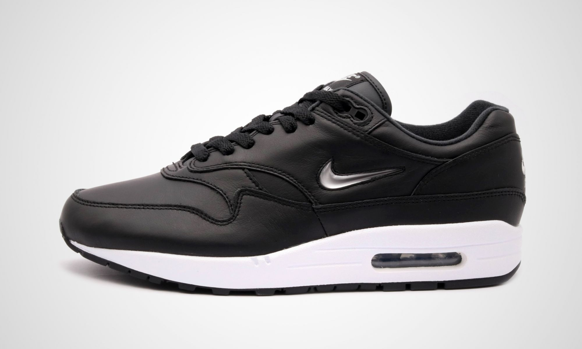 separation shoes 30fbc b26c9 Der offizielle Releasetermin des Nike Air Max 1 Jewel Premium Black ist am  24. August um 0900. Der Retailpreis des Nike Air Max 1 Jewel Premium Black  liegt ...