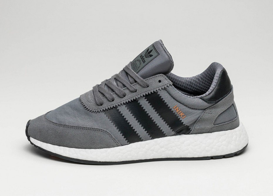 adidas Iniki Boost Runner Grey Four | Alle Release Infos