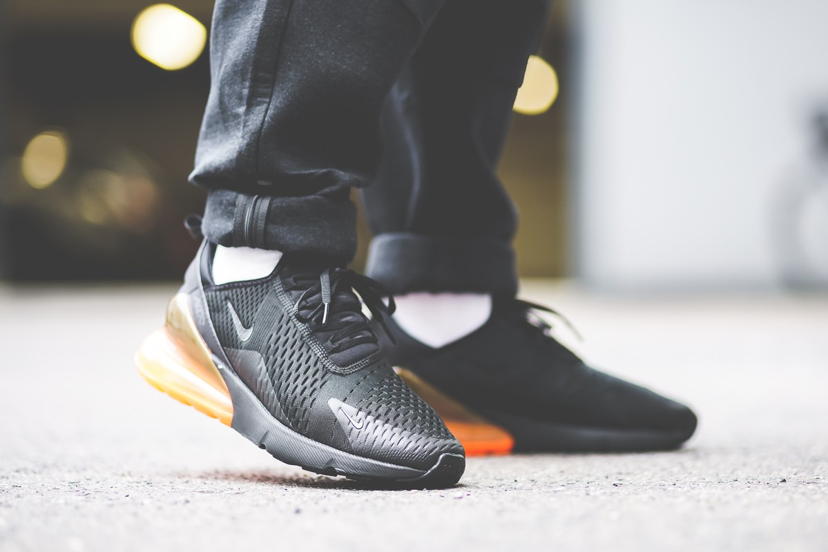competitive price 85b65 63537 Nike Air Max 270 Total Orange
