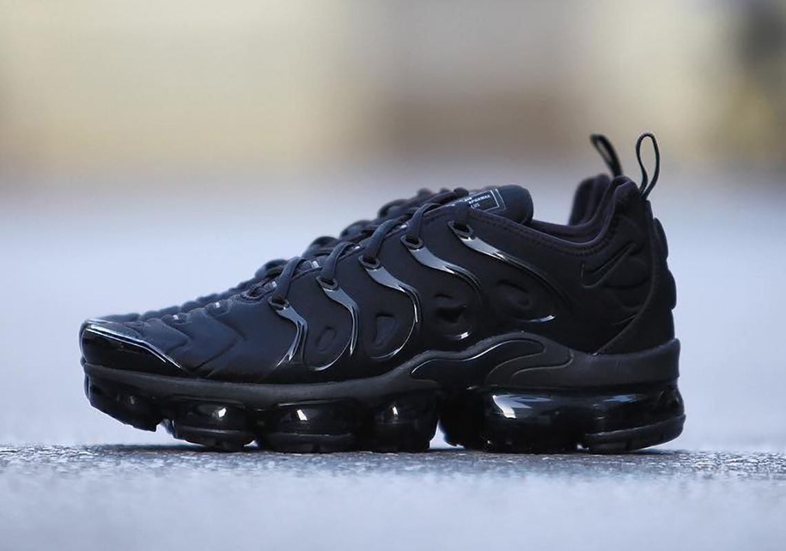 best website 595d2 2622a ... official store nike air vapormax plus hybrid nike air max 90 leather gs  women 330c4 78ac2
