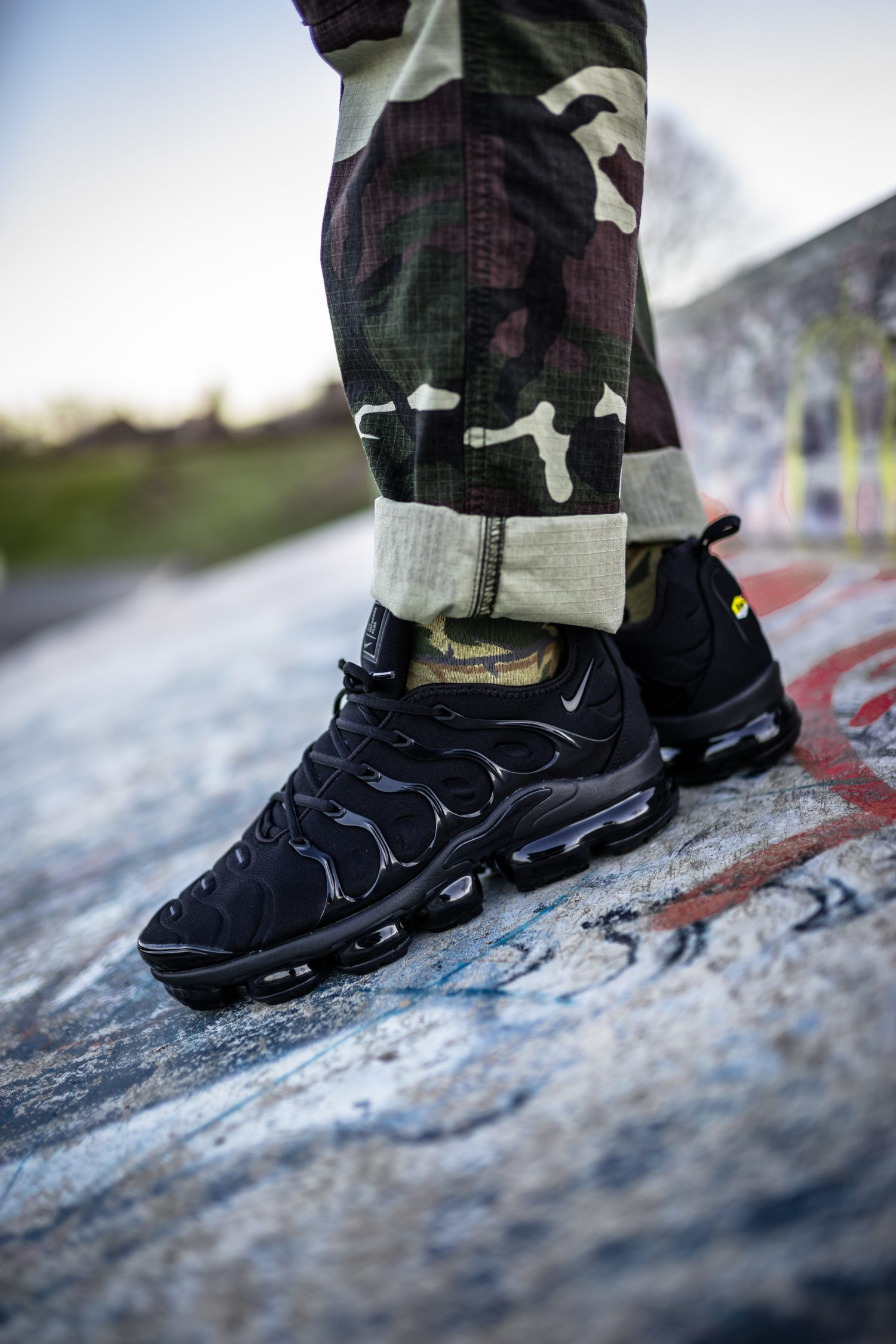 pretty nice 0d3aa 5ff4b Nike Air VaporMax Plus Triple Black - on feet | Dead Stock