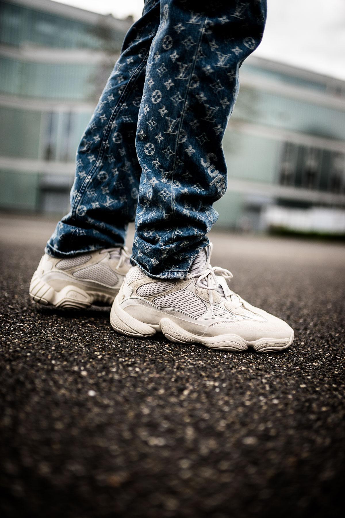adidas yeezy 500 blush on feet dead stock sneakerblog