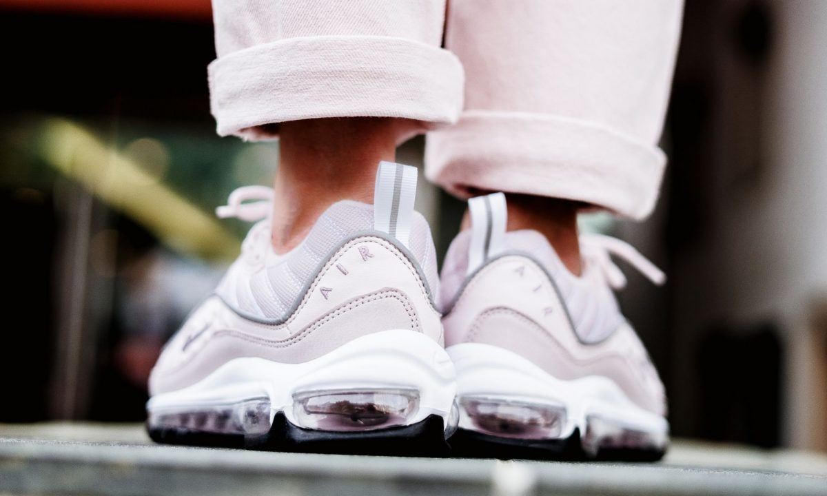 Nike Air Max 98 Barely Rose | Alle Release Infos | Dead Stock