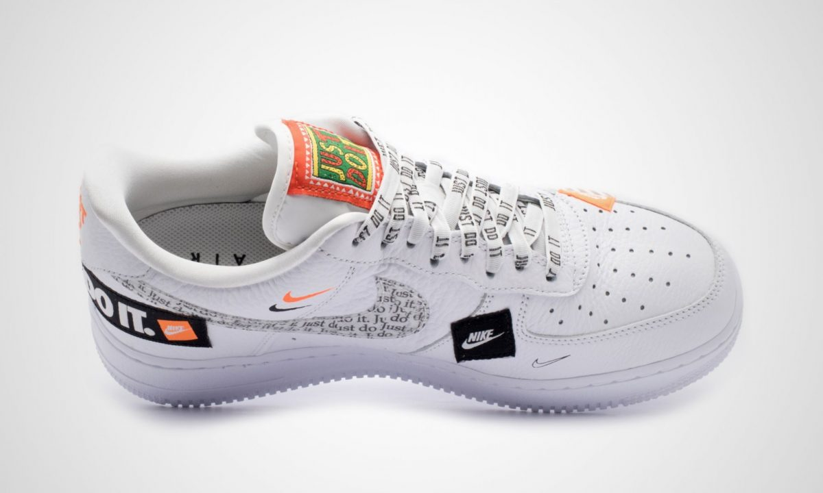 fb0110bb323 Nike Air Force 1 07 Premium Just Do It Pack Weiß | Dead Stock ...