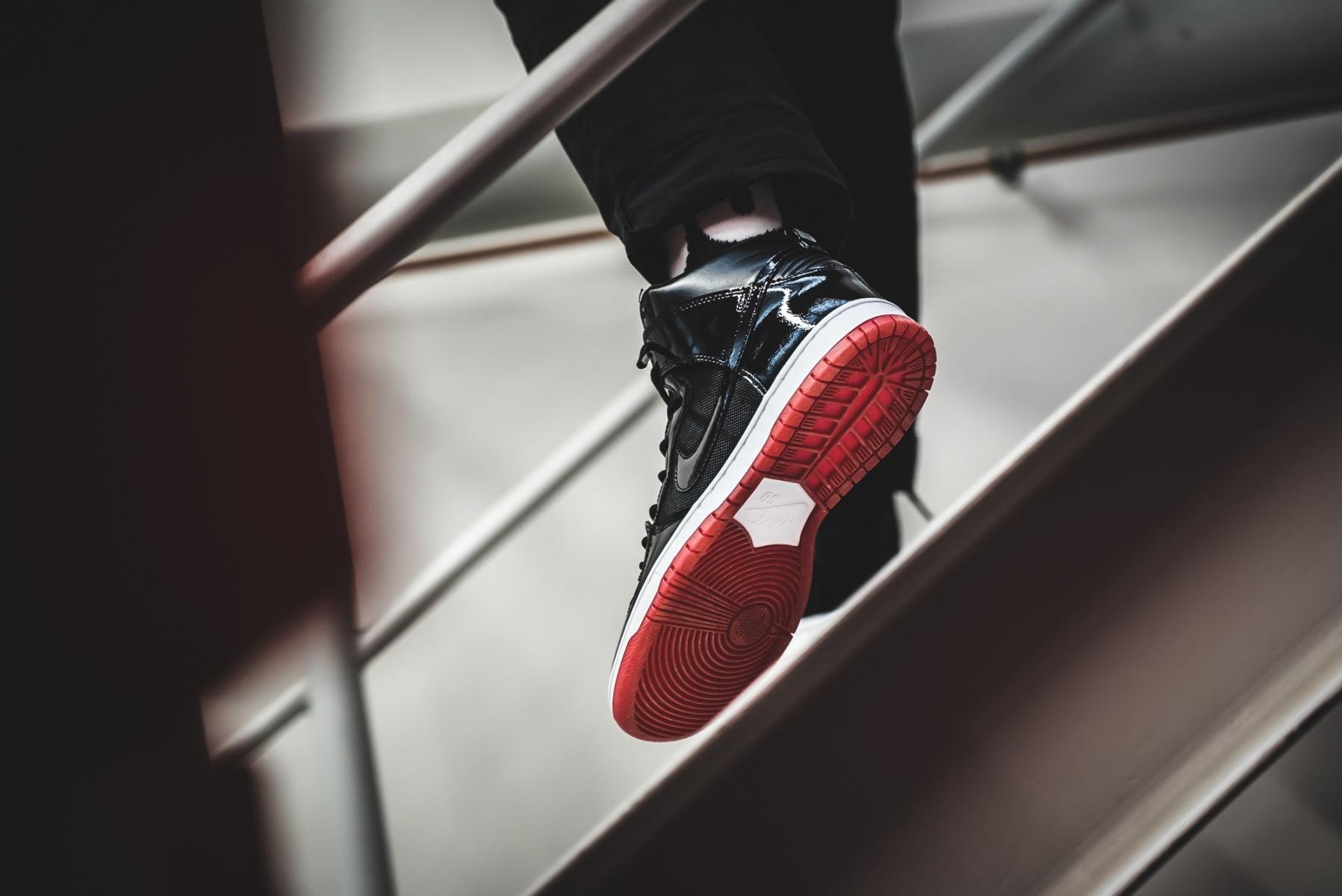 6503e4df3b64 Der Nike SB Zoom Dunk High TR Bred wird zu einem Retailpreis von 115 Euro  erhältlich sein.