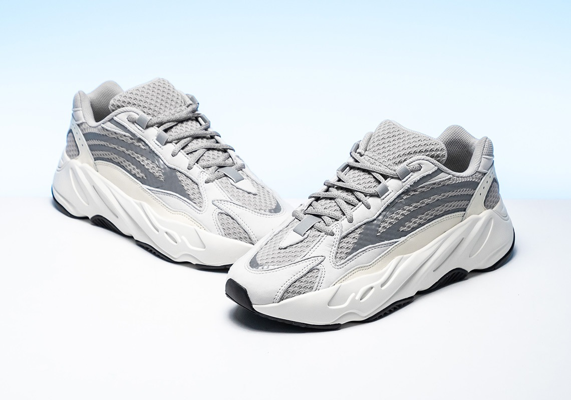 official photos 04cc3 fa687 adidas Yeezy Boost 700 Static