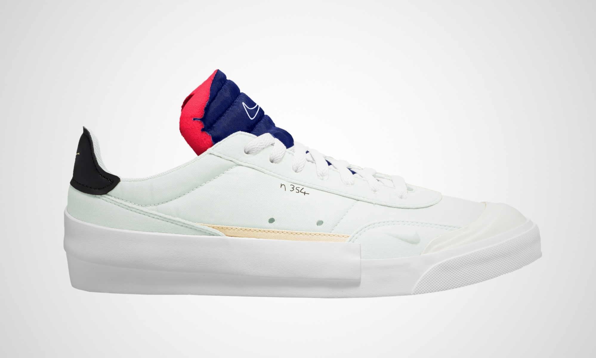 classic fit 33cf8 73269 Sneaker Releases - Dead Stock Sneakerblog