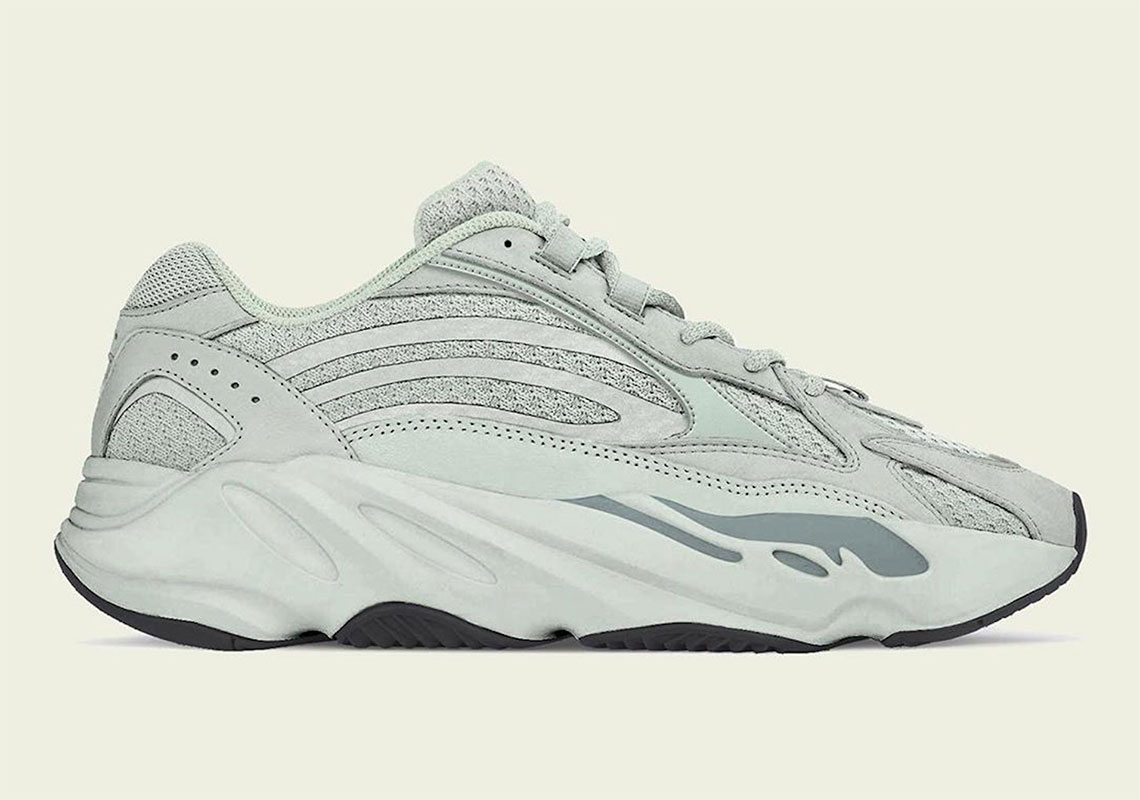 Adidas Yeezy yeezy 700 v2 boost supreme off white Vapormax
