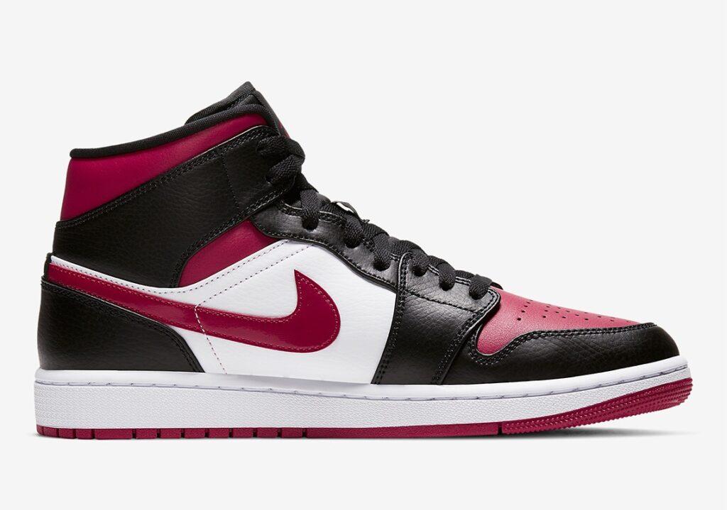 Nike Air Jordan 1 Mid Bred Toe