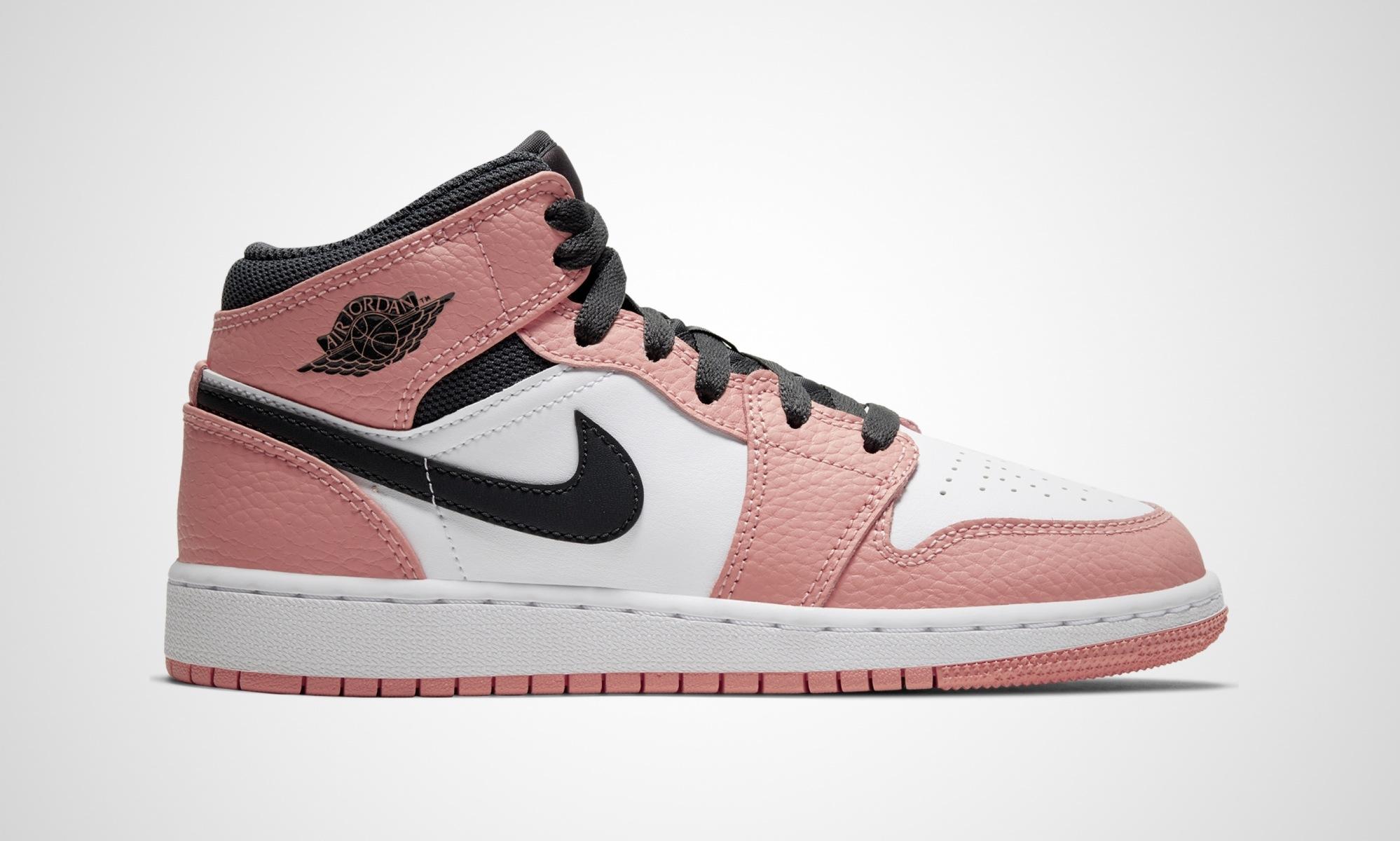 Nike WMNS Air Jordan 1 Mid Pink Quartz
