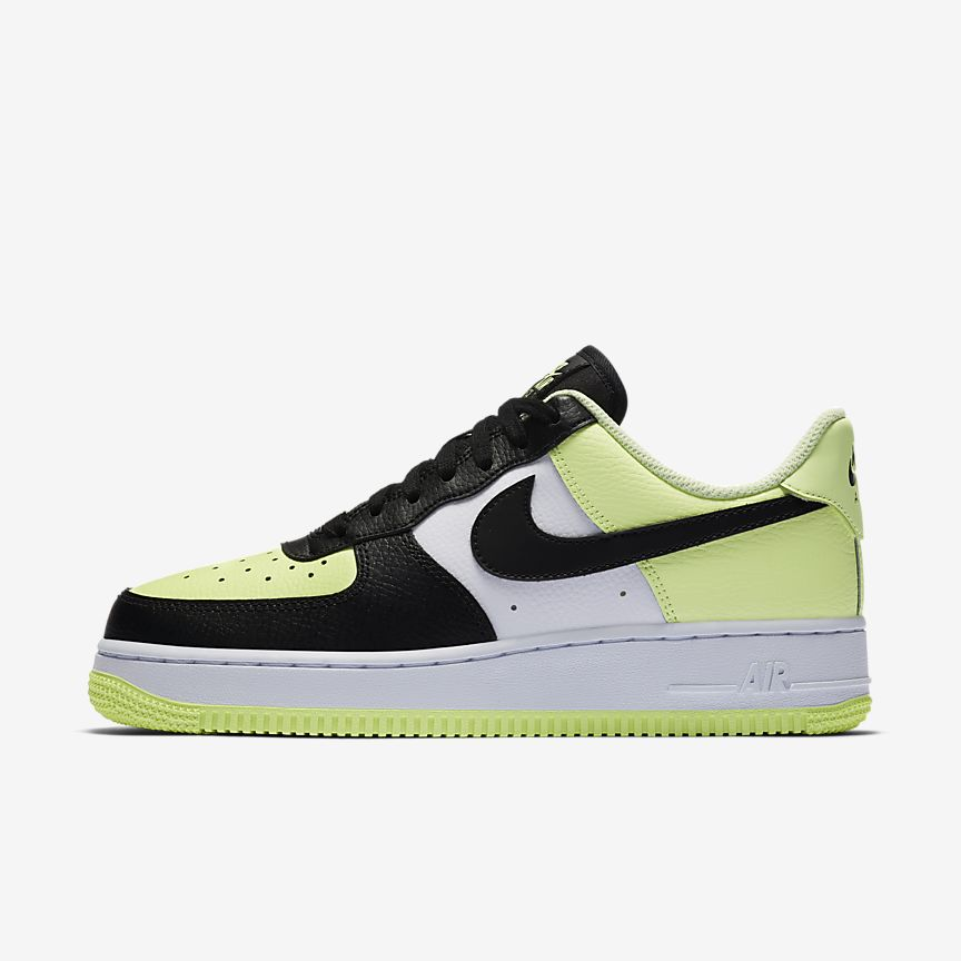 Nike WMNS Air Force 1 Barely Volt