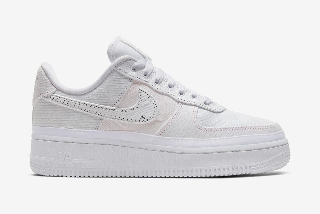 Nike WMNS Air Force 1 Reveal
