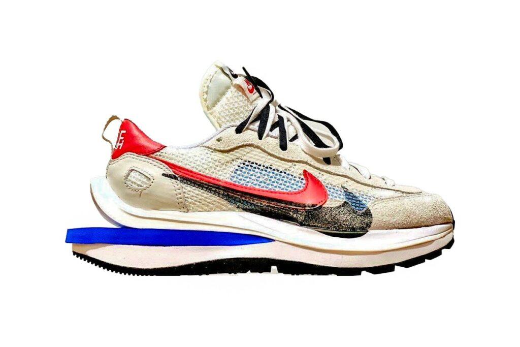 sacai x Nike Vaporwaffle Game Royal/Sport Fuchsia - Sidelook