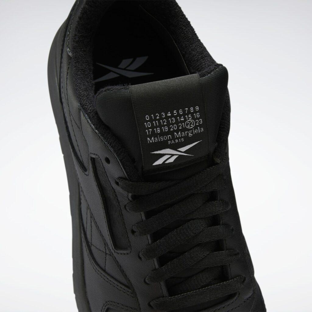 Maison Margiela x Rebook Classic Leather Tabi Black H04864