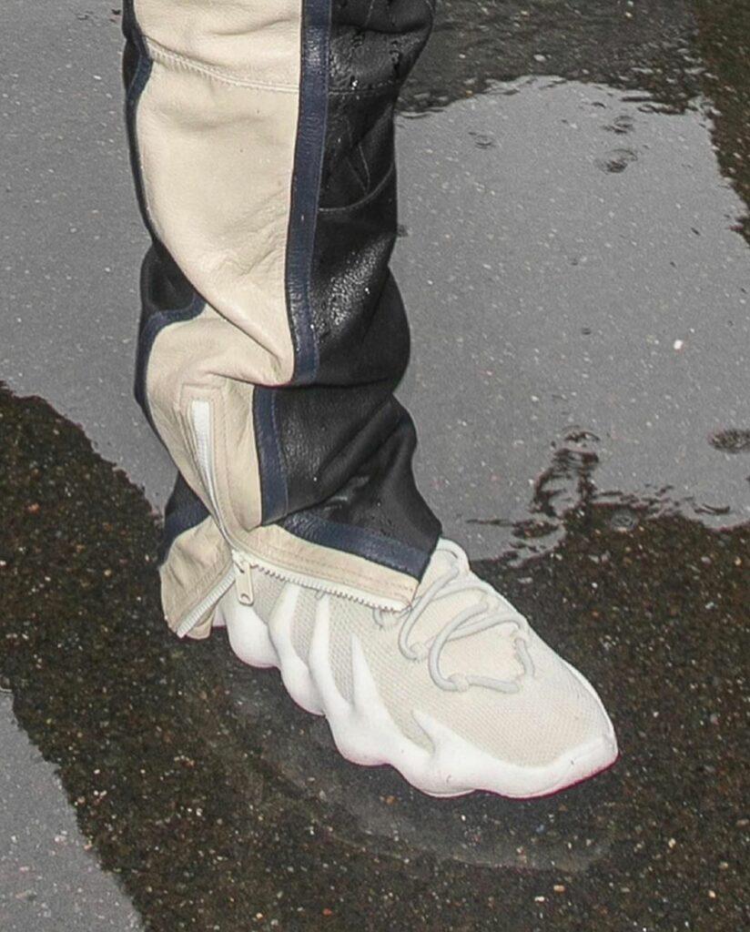 adidas Yeezy 450 Cloud White H68038
