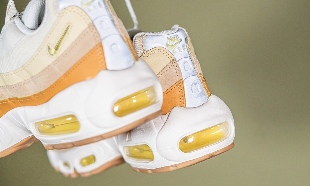 nike-air-max-95-coconut-milk-dd6622-100