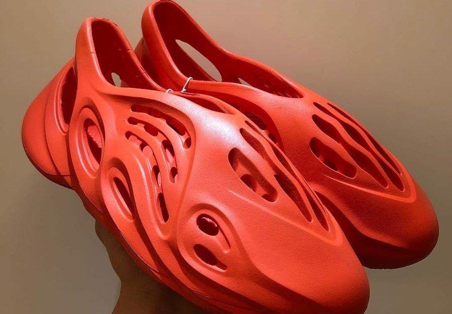 Yeezy Foam Runner Red October
