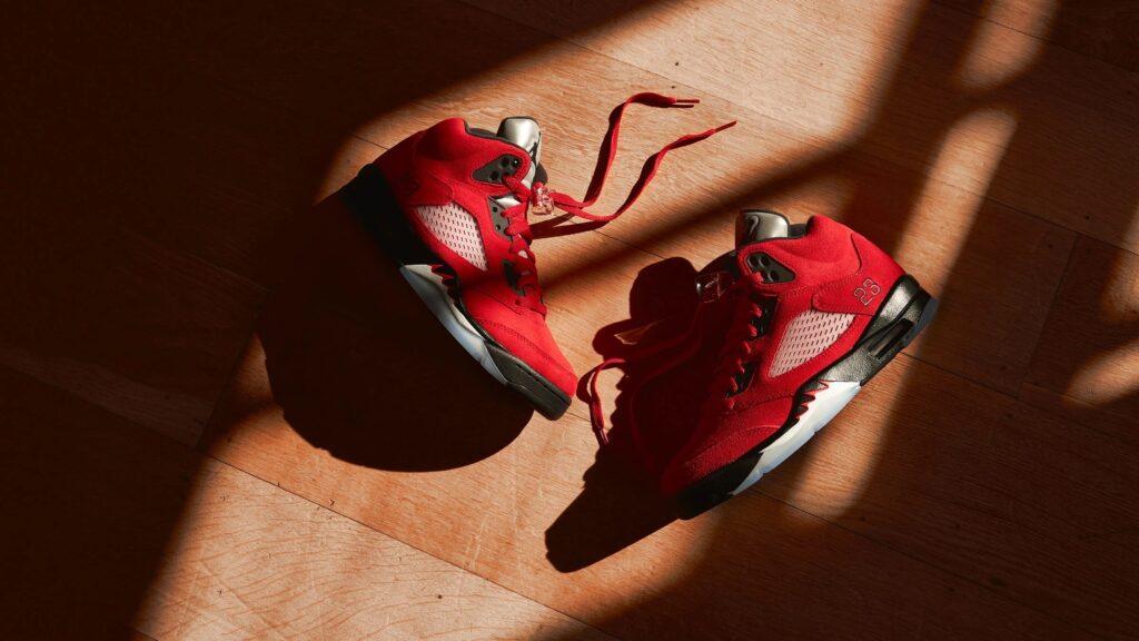 Nike Air Jordan 5 Raging Bulls