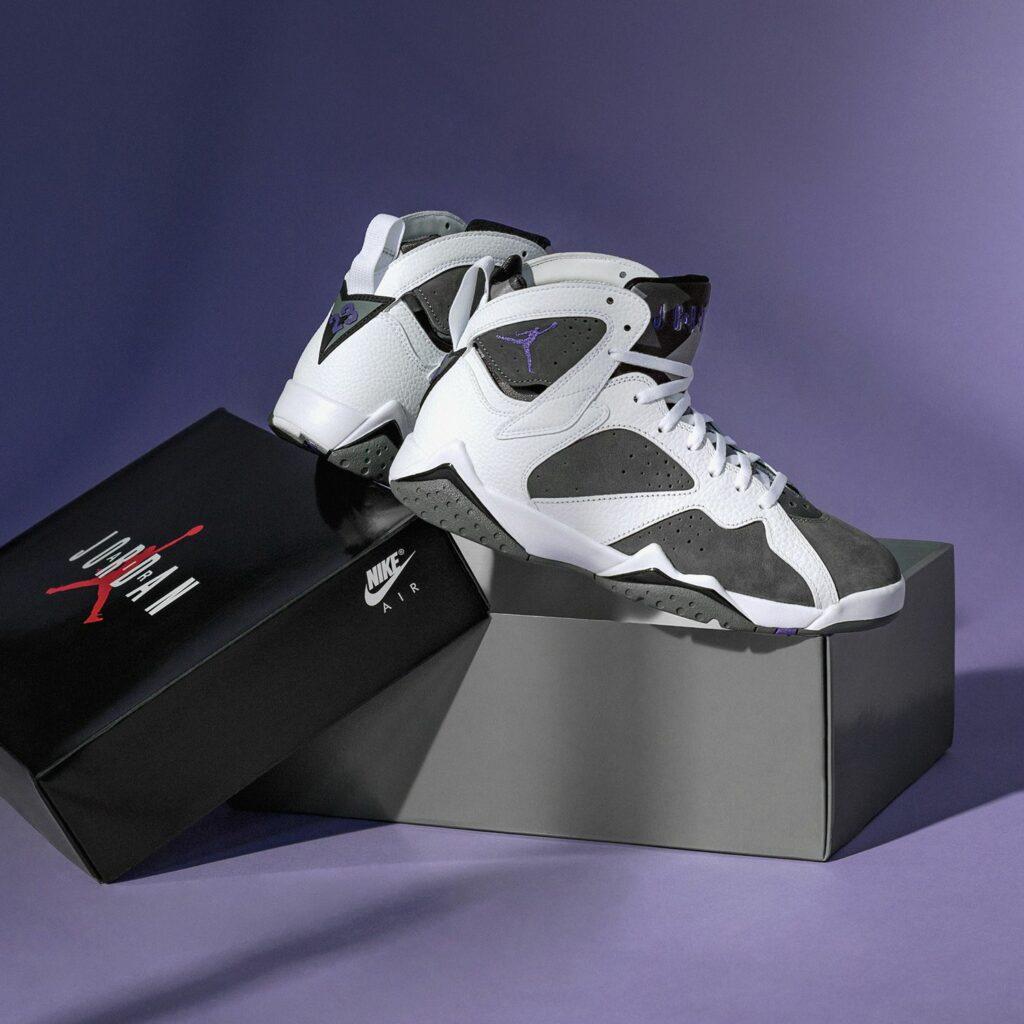 Nike Air Jordan 7 Flint