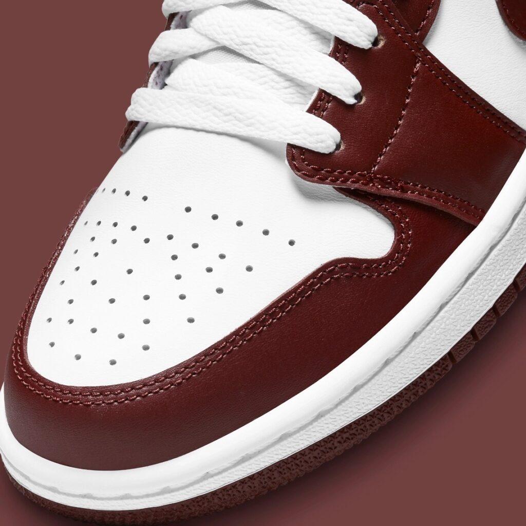 Jordan 1 Low Team Red