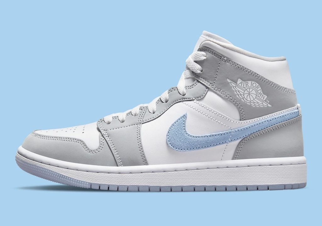 Jordan 1 Mid Icy Swoosh BQ6472-105