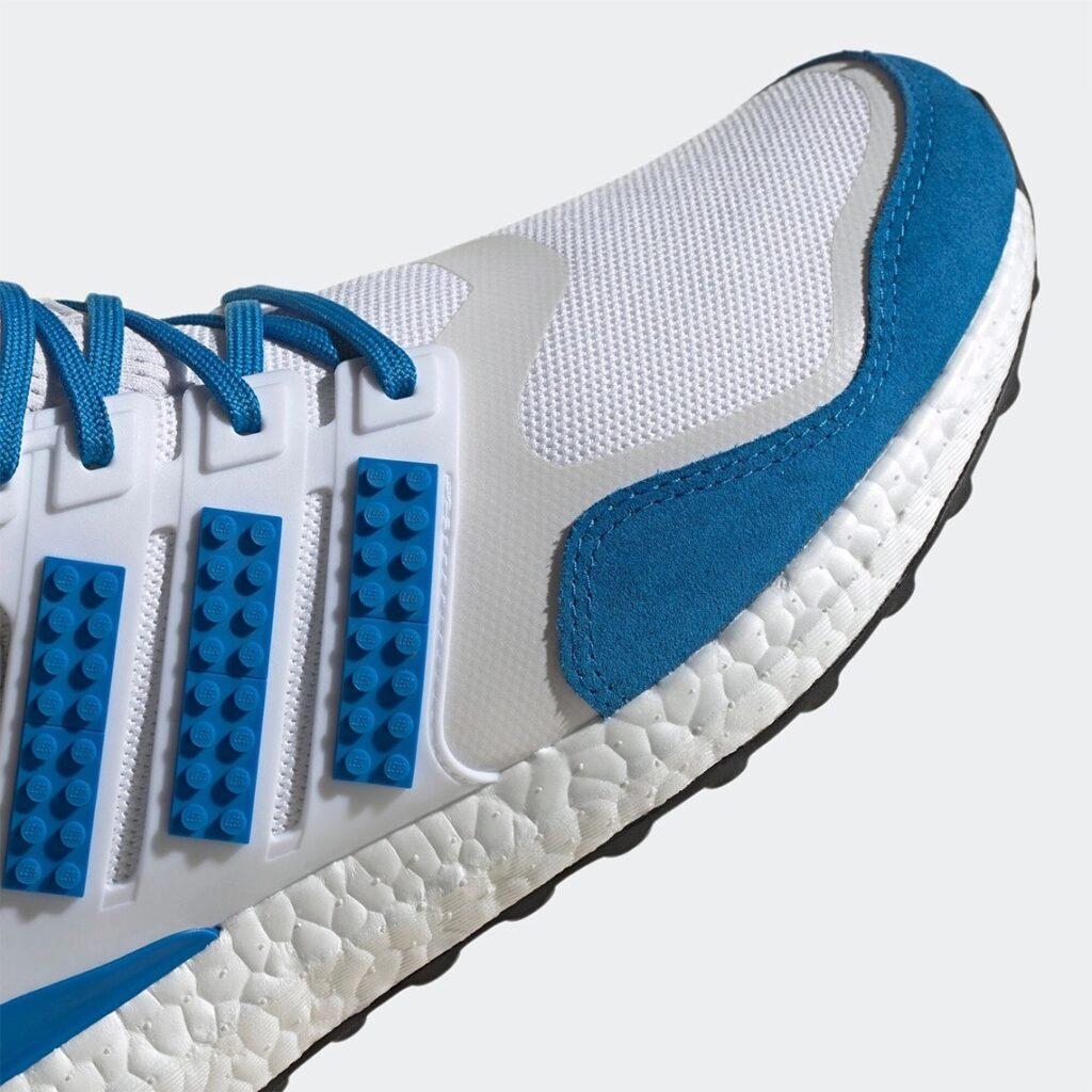 Lego x adidas Ultra Boost Blau
