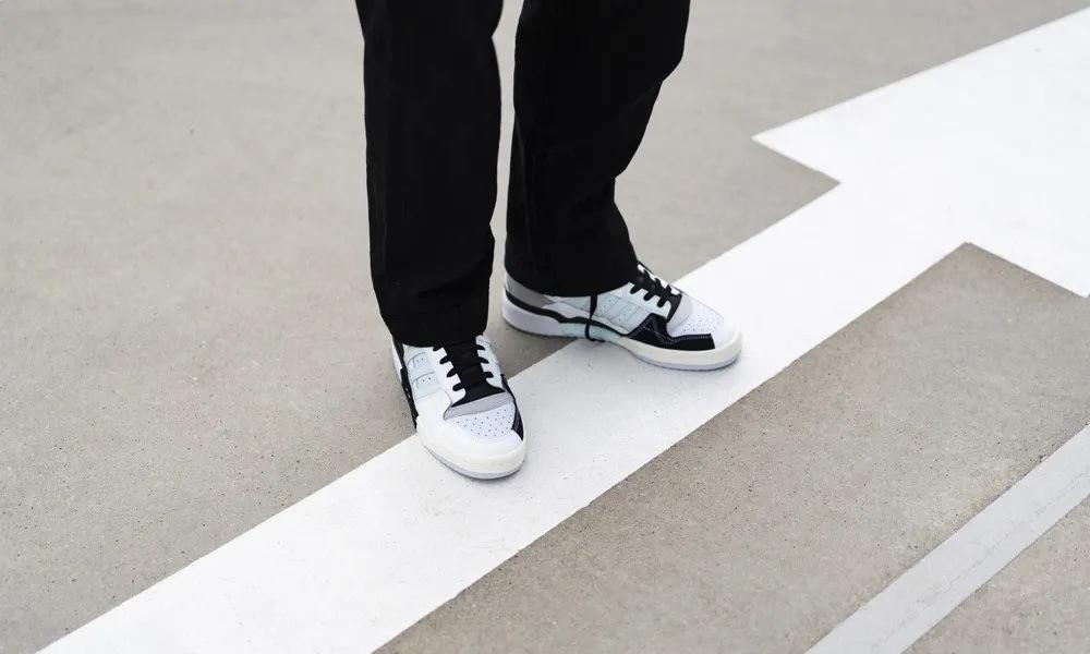 adidas Forum Exhibit Mid Modern Varsity