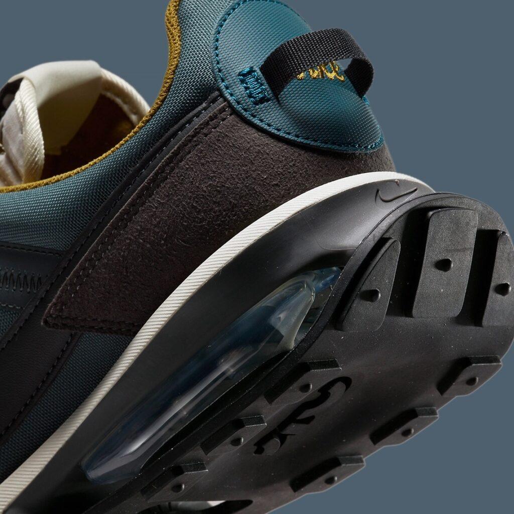 Nike Air Max Pre-Day Earth