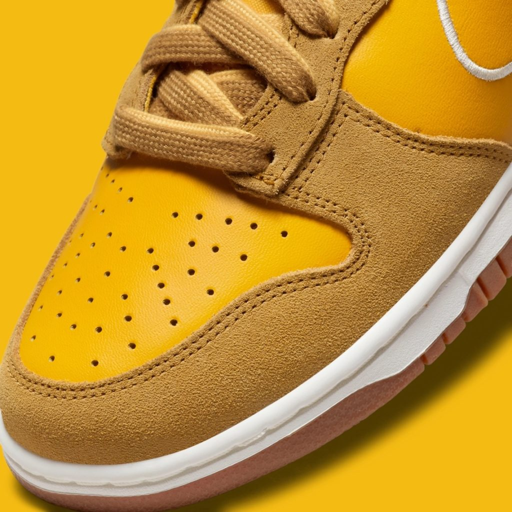 Nike Dunk High First Use Gold