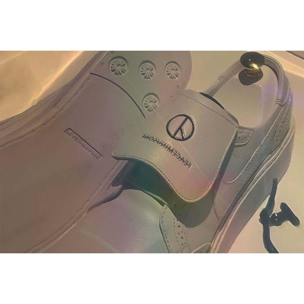 Peaceminusone x Nike Kwondo1